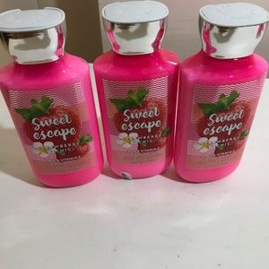 BBW Sweet Escape Strawberry Picnic Lotions